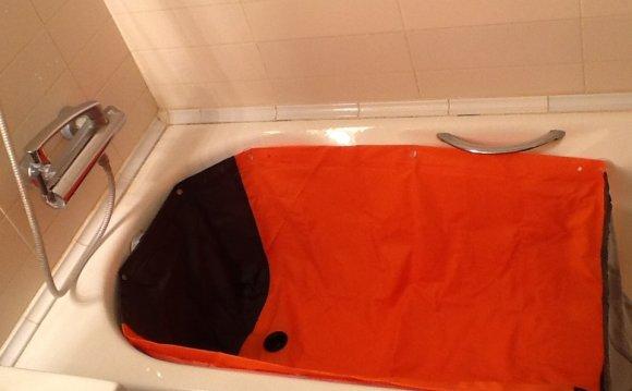 Вкладыш в ванну для мытья